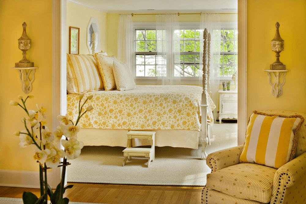 Дизайн спальни в желтых тонах